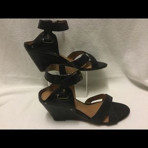 Dolce Vita Black Leather Wedge Sandals/ size 10